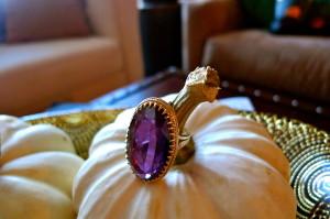 14kt Vintage Amethyst Oval Ring