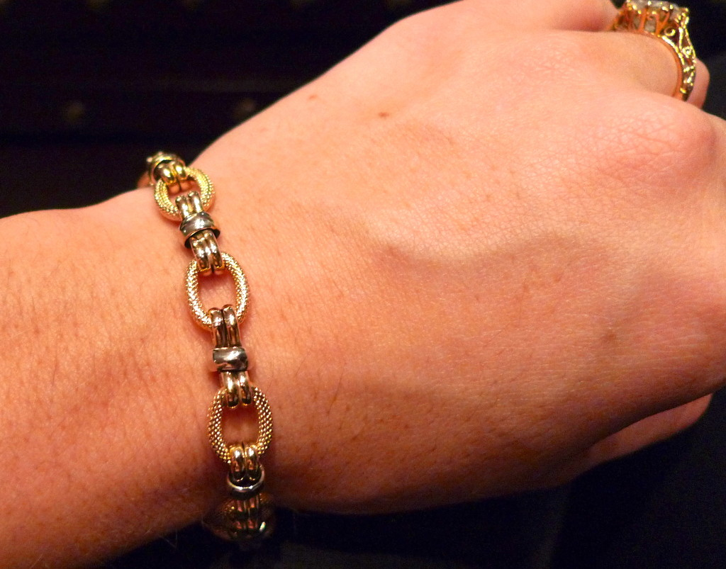 2-tone chain link bracelet.