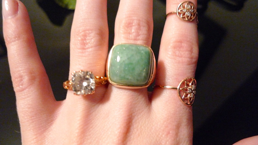18kt gold with jade ring