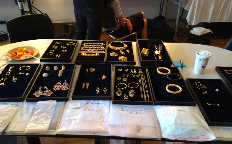 From vintage pieces to those adorned with tons of sparkle, the stylist on set, Michaela Dosamantes, had a great variety of jewelry to choose from.