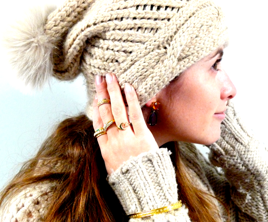 Rings with winter hat